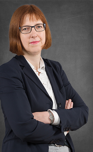 Dr. Jolanda van der Kolk